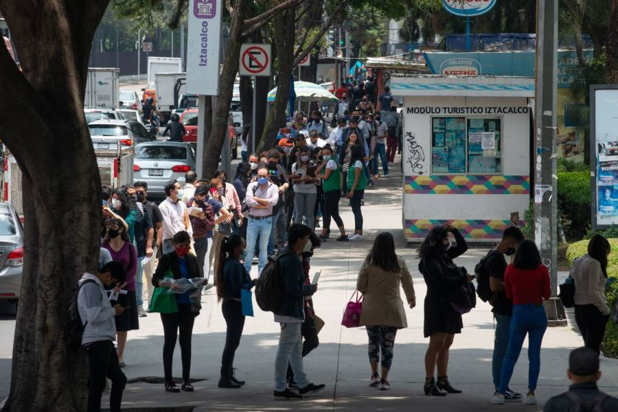 México tiene un rezago de 1.3 millones de plazas: BBVA Research