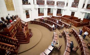 Diputados capitalinos no podrían cambiar lugares en comisiones