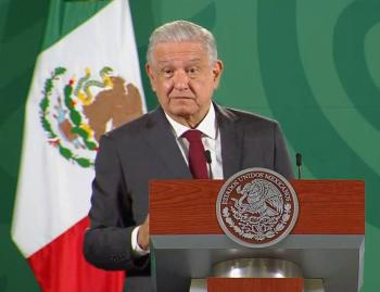 """AMLO crítica nuevamente a la UNAM: """"lamentable que se haya derechizado"""""""