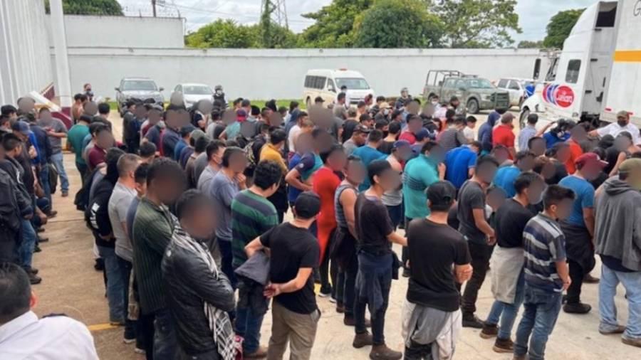 INM rescata a 334 migrantes en Cosamaloapan, Veracruz