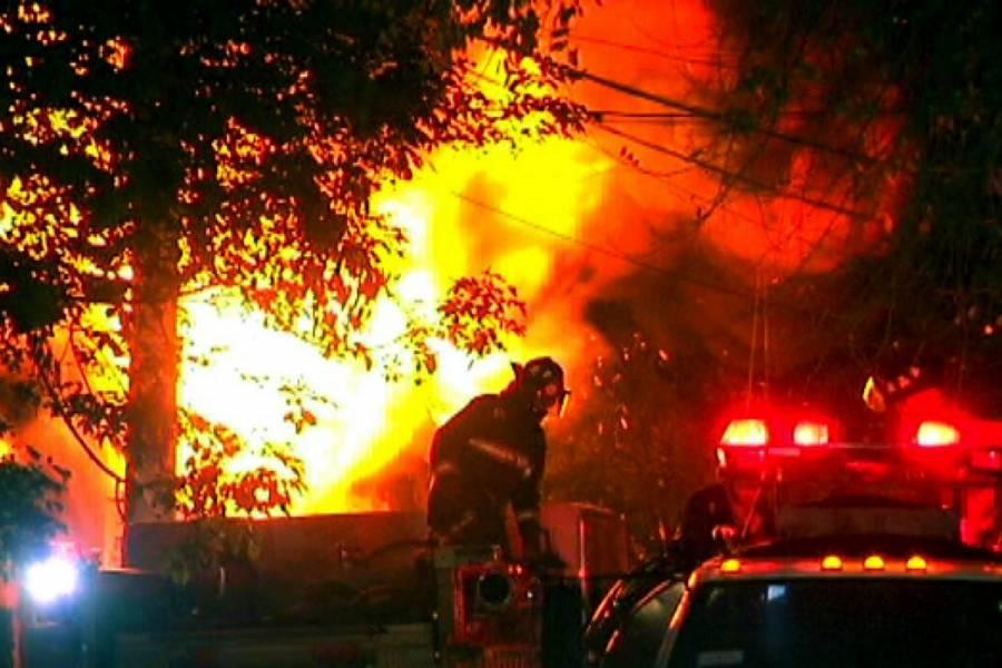 Explosión de pirotecnia en Tultepec deja al menos 4 heridos