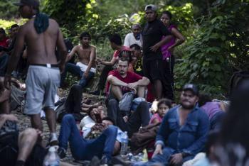 Caravana migrante continúa su paso hacia la CDMX