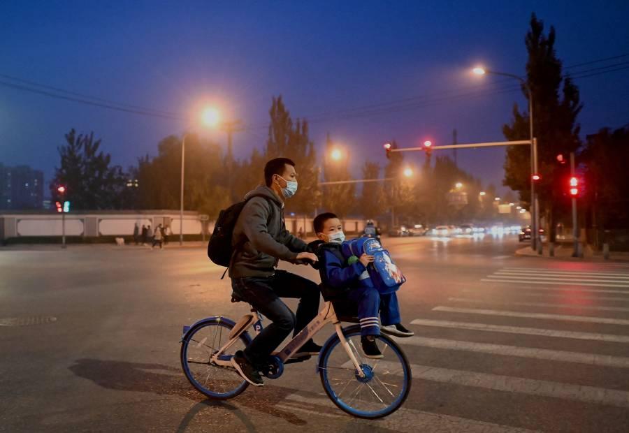 Rebrotes de Covid-19 provocan nuevos confinamientos en China