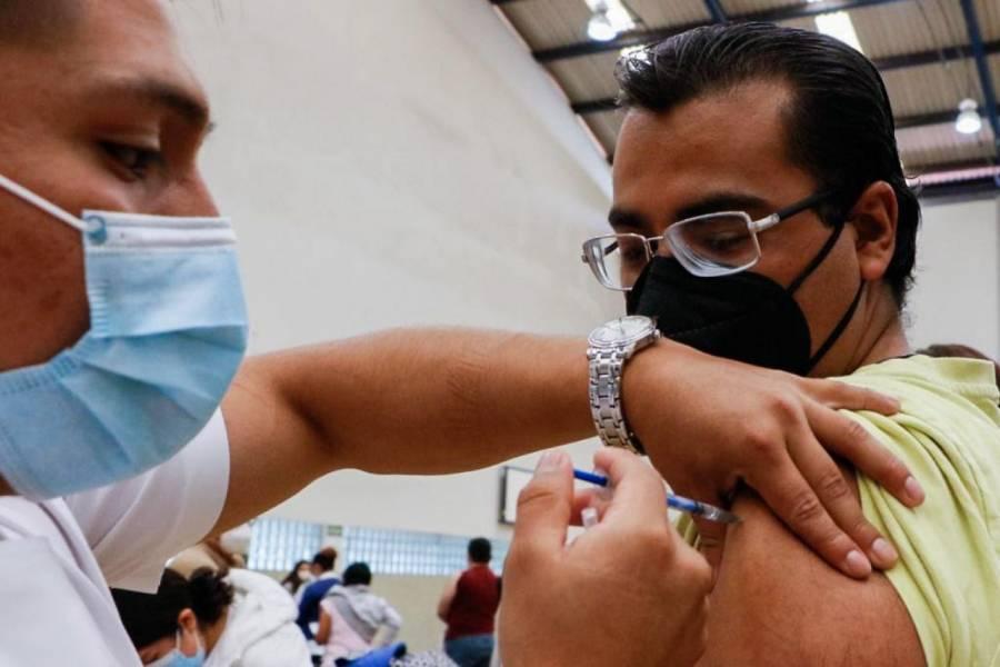 Inicia vacunación contra Covid-19 para rezagados en CDMX