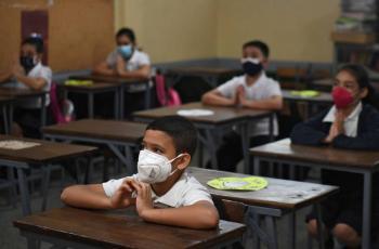 Venezuela retoma clases presenciales tras año y medio de cuarentena