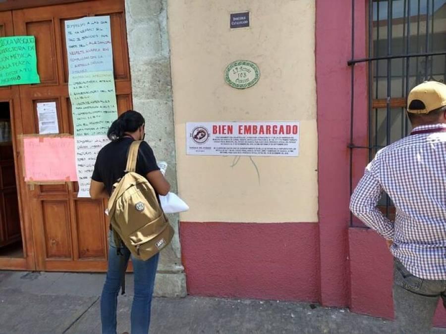 Municipio de Oaxaca embarga oficinas de la Secretaría de Salud estatal por adeudo