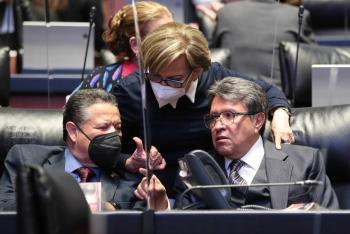 Vienen cambios en la bancada de Morena en el Senado: Monreal