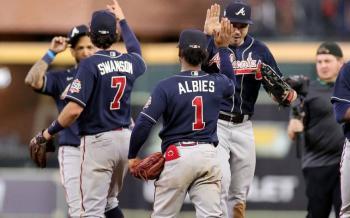 Bravos golpean primero en Serie Mundial al vencer a los Astros