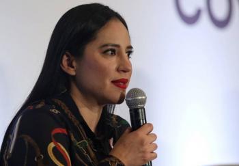 Sandra Cuevas pide liberar de comerciantes ambulantes el Eje 1 Norte