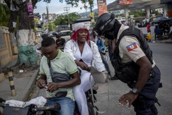Policía de Haití dice tener pruebas de que rehenes de EEUU y Canadá están vivos