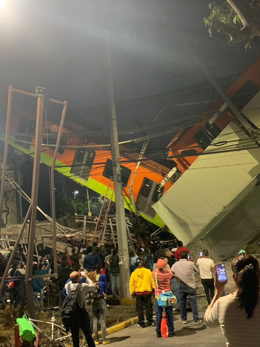 Colapsa Metro