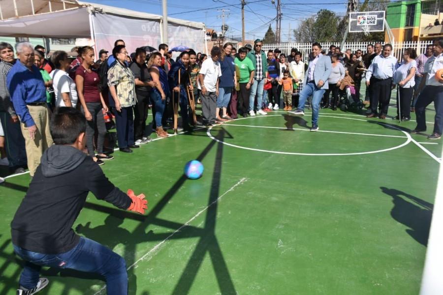 Autoridades de Soledad entregan unidad deportiva rehabilitada