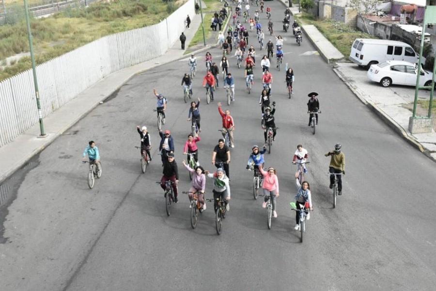 Con rodada ciclista diputado Rigoberto Salgado celebra la Independencia