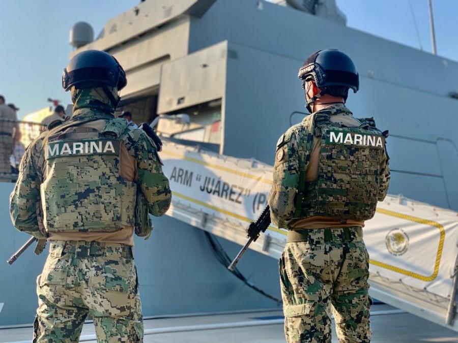 Semar asegura paquetes de cocaína en costas de Colima