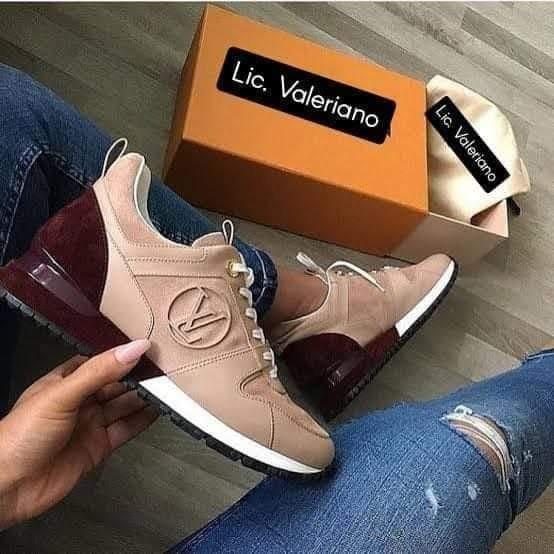 ?Lic. Valeriano o Louis Vuitton?