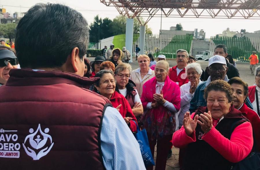 Vecinos de la GAM participan en la reparación del deportivo Justicia Social
