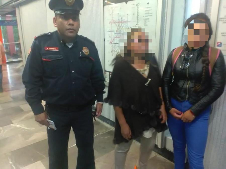 Auxilian a dos menores extraviados en el Metro