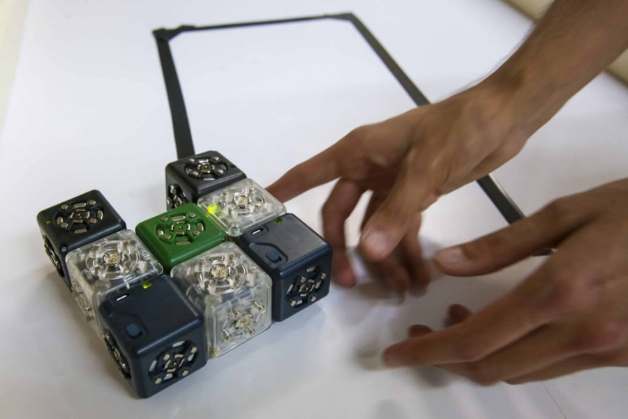 Donan al IPN, 125 robots Cubelets