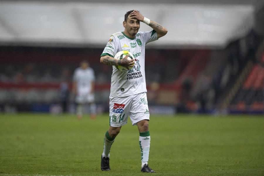 León confirma fractura de Rubens Sambueza