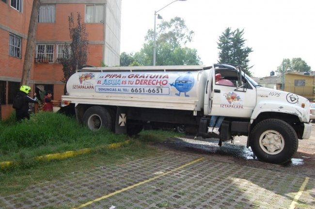 Sin reporte de incidentes en traslado de pipas, uso de garzas y tinacos en CDMX