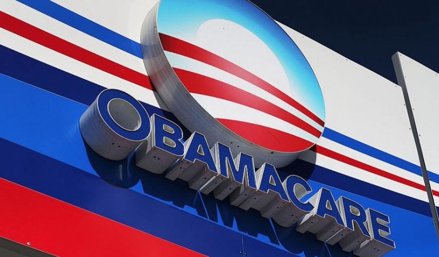 Juez ordena la anulación del Obamacare