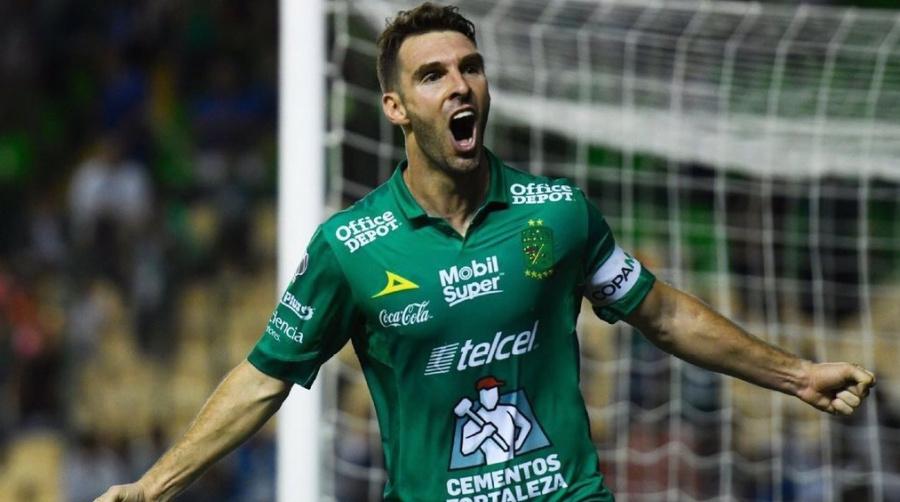Mauro Boselli ya tendría acuerdo con el Corinthians