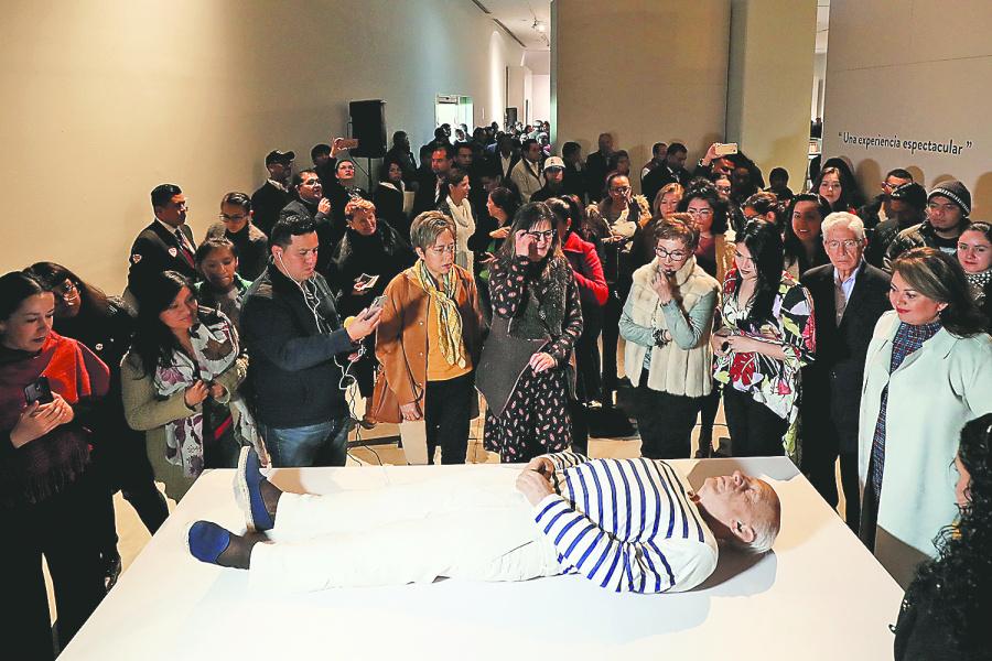 Dialogan 10 artistas con Picasso. Estela Infinita