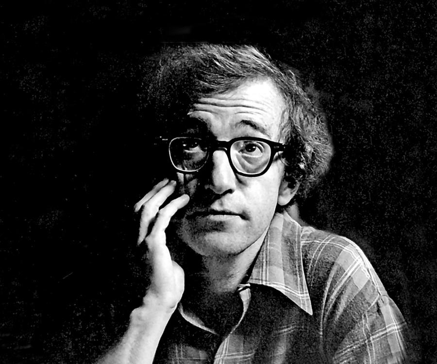 Woody Allen exige Amazon 68 mdd por no estrenar su película