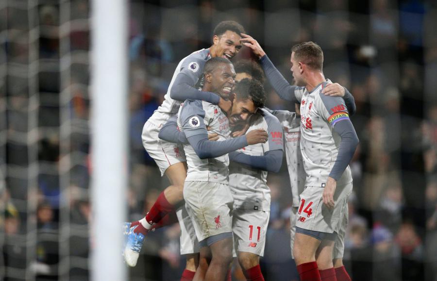 "Con polémico ""hat trick"" de Salah, Liverpool se impone ante Bournemouth"