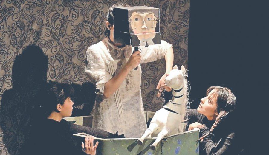 Teatralizan cuentos surrealistas de Carrington
