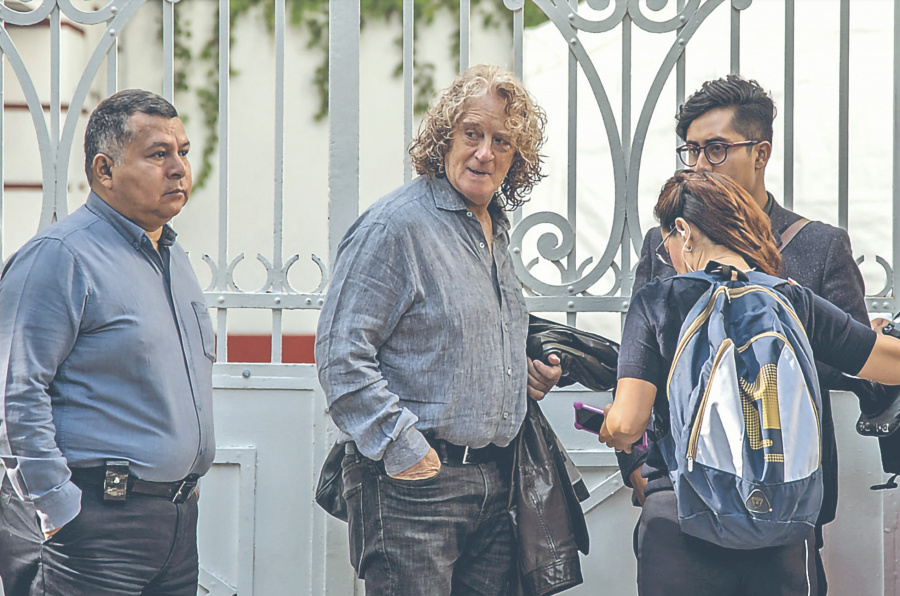 Mandoki rechaza dirigir IMCINE, pero AMLO le ofrece la RTC