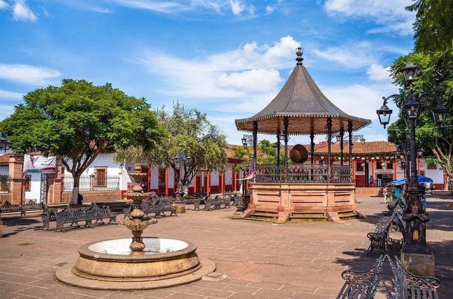 Conoce el Pueblo Mágico Santa Clara del Cobre, Michoacán