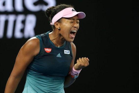 Naomi Osaka vence a Petra Kvitova en Abierto de Australia