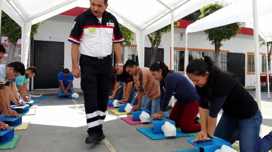 Cruz Roja busca prevenir que los niños se vuelvan víctimas por ahogamiento, ante el almacenamiento de agua
