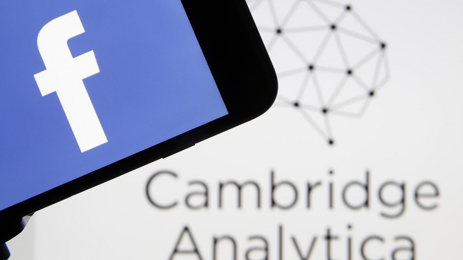 Cambridge Analytica se declara culpable por uso de datos de Facebook