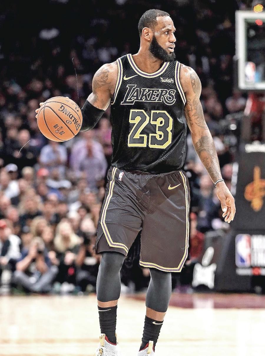 Lebron es líder de anotaciones en la NBA