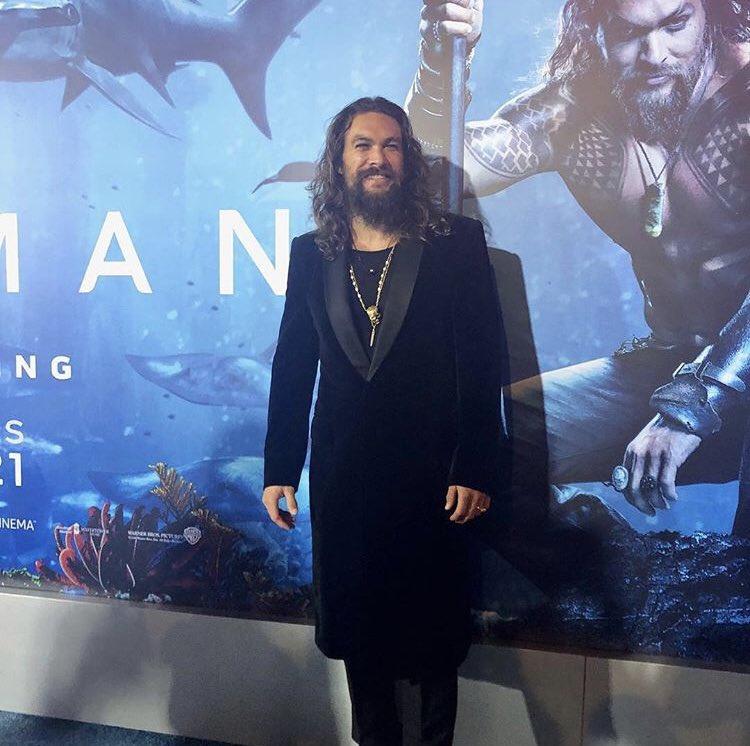 Video: Jason Momoa sorprende con baile en premier de Aquaman