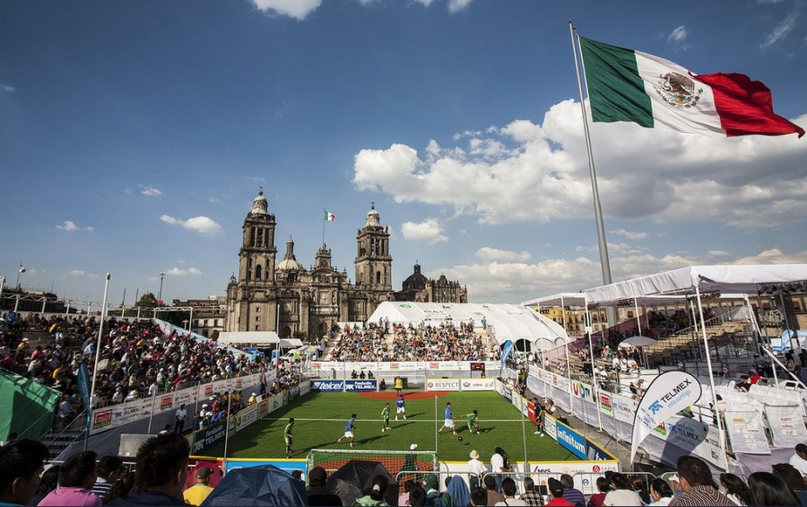 Arranca la Homeless World Cup en el Zócalo de la CDMX