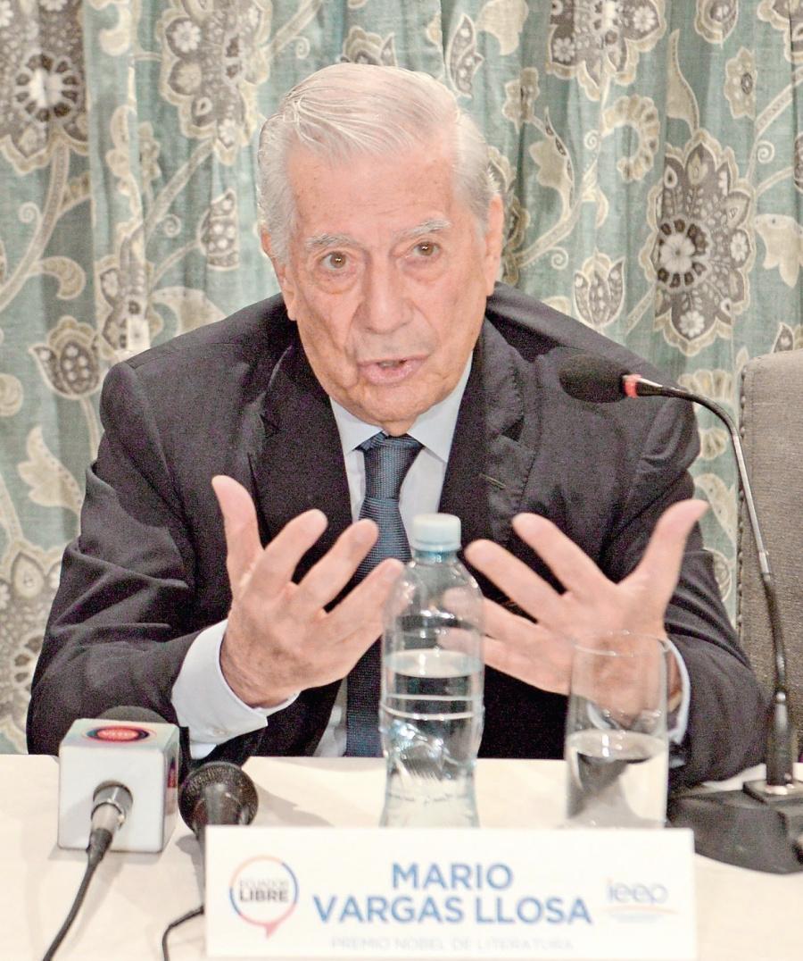 """""""La democracia corrupta permite confusiones como la del Chavismo"""""""