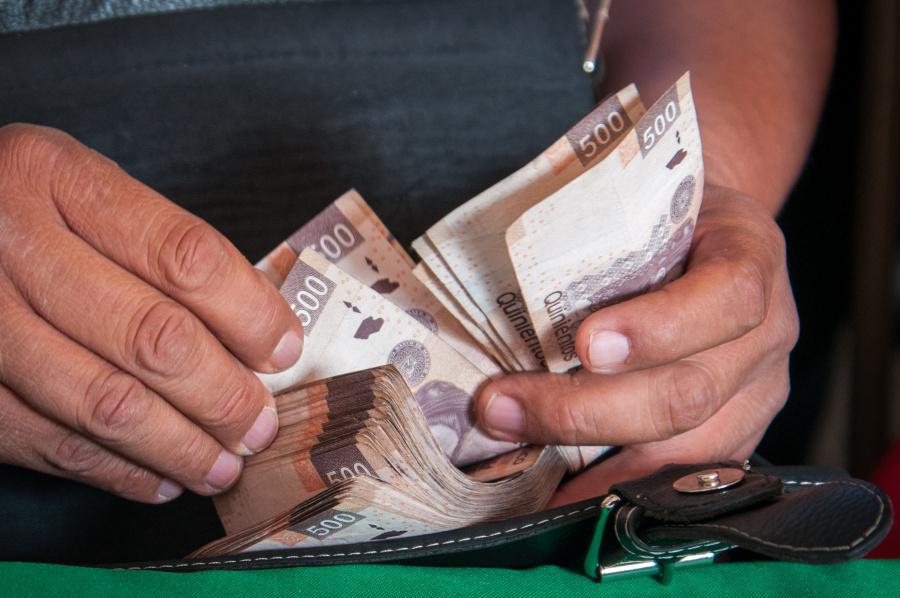 Por fallas en sistema bancario, GobCDMX pagará nómina este lunes