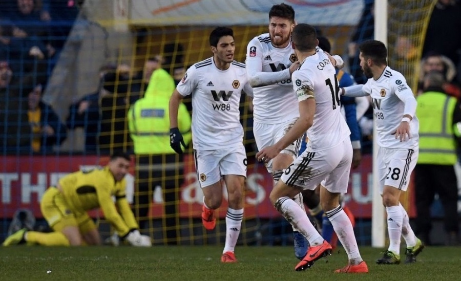 Raúl Jiménez remonta sufrido empate de los Wolves en la FA Cup