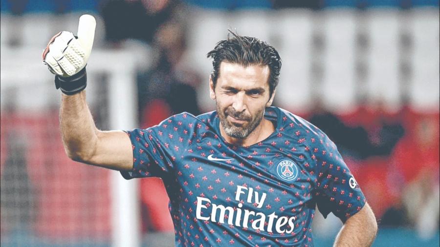 Celebra Buffon 41 años y es de los más veteranos