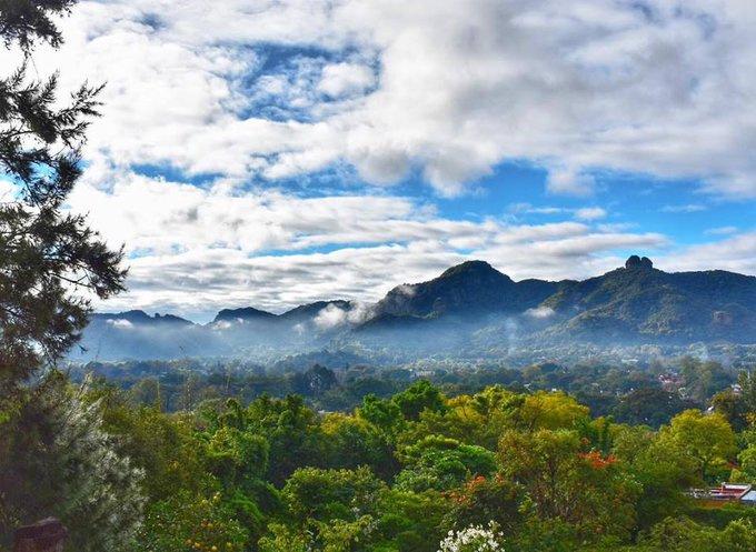No te pierdas la vista desde el Cerro del Tepozteco, en el Pueblo Mágico de Tepoztlán, Morelos