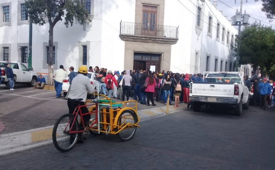 Trabajadores de Milpa Alta toman campamentos de la Alcaldía