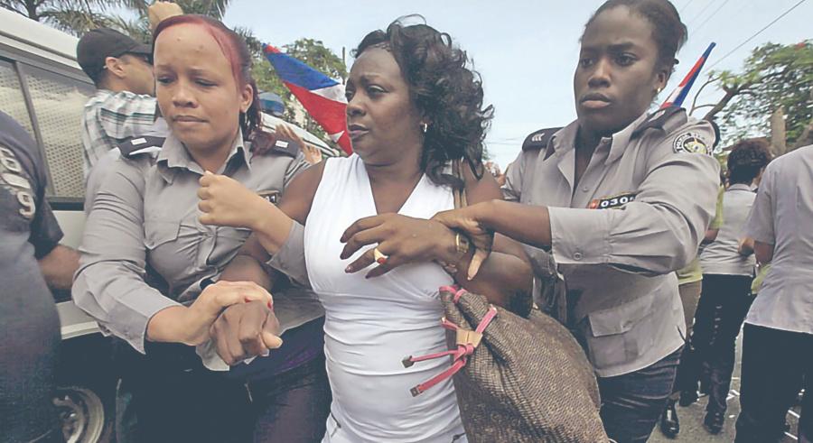 Arrestan a cubanos hasta por ir a misa