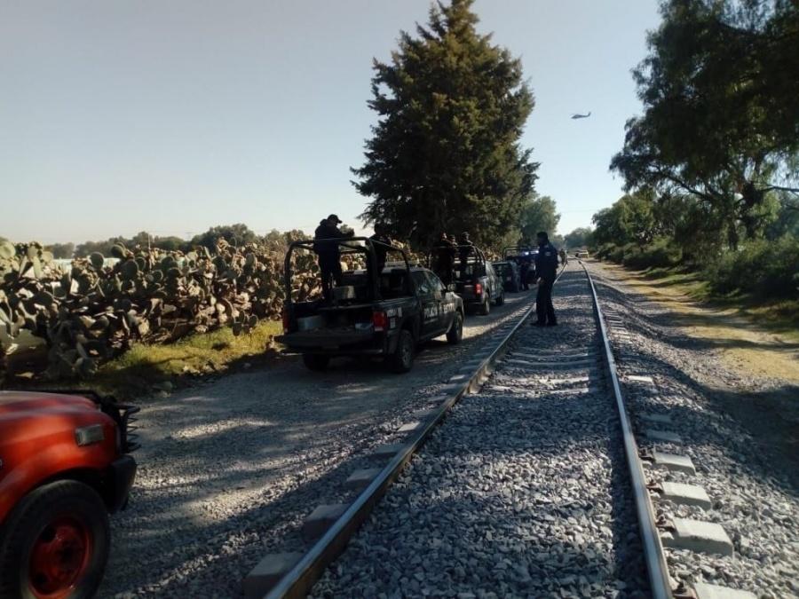 Huachicoleros y militares se enfrentan en Otumba