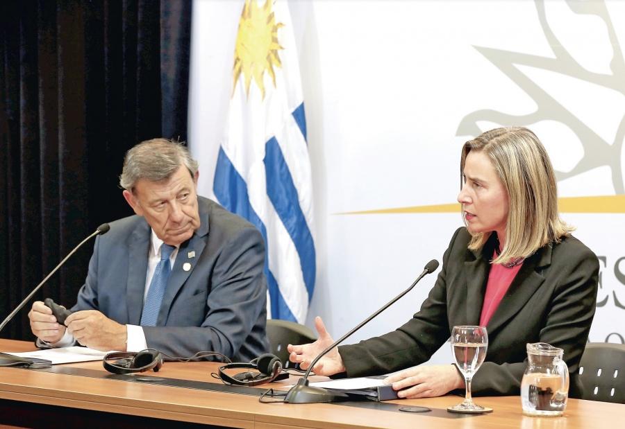 Uruguay se suma a la UE y exige comicios