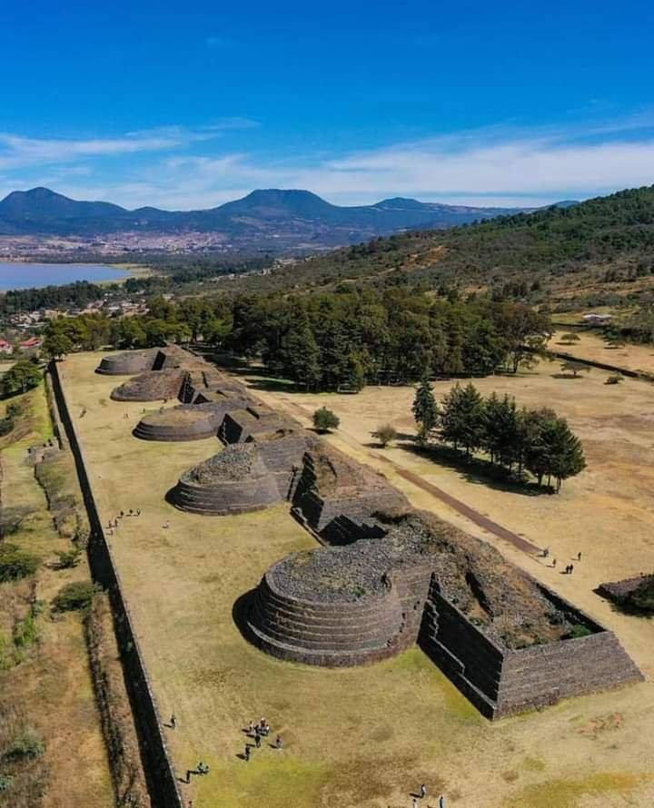 Pueblo Mágico Tzintzuntzan, Michoacán