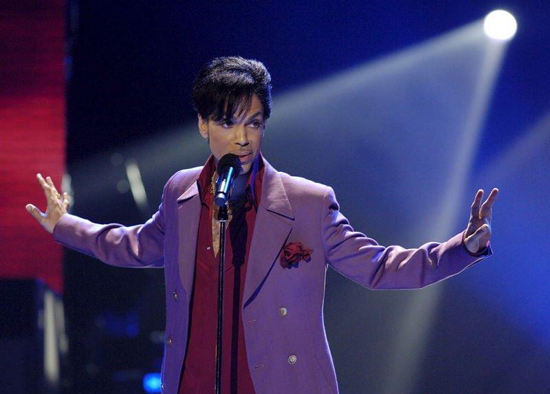 Netflix prepara documental sobre la vida de Prince