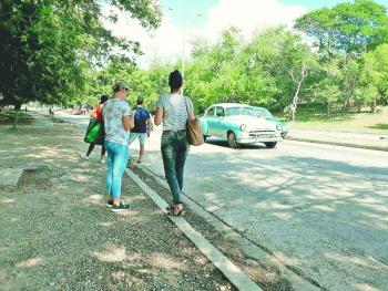 Taxistas en la Habana paran 48 horas